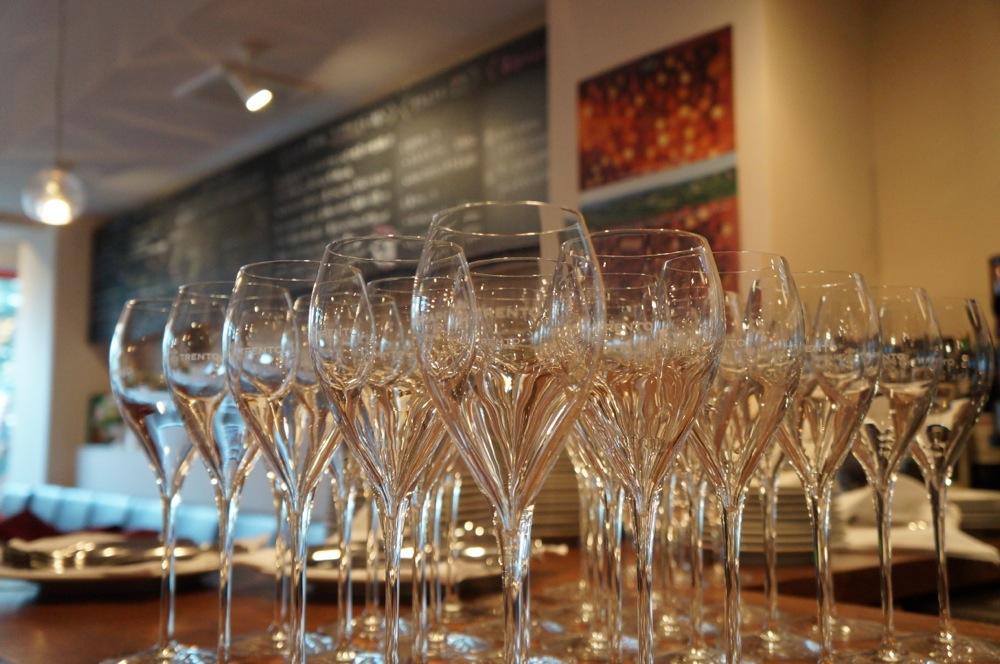 イタリアの食事とワイン---美しく楽しい食文化
